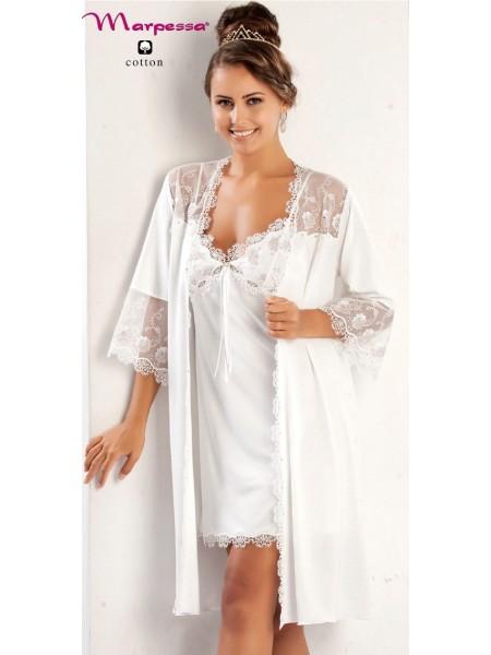 Шикарный комплект из пеньюара и сорочки Adela. 2-а предмета (нежно-белый)